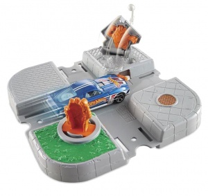 Hot Wheels Cyborg kruising speelset