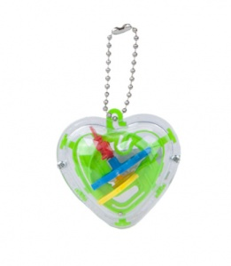 Kamparo keychain heart with game 5 cm green