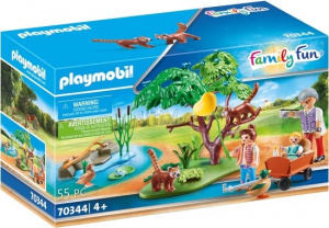 PLAYMOBIL Family Fun - Red pandas in the country house (70344)