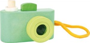 Small Foot wooden toy camera 11 cm green