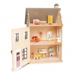 Tender Leaf Toys dollhouse villa with furniture 16-piece