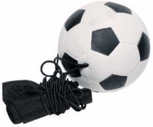 Toys Pure voetbal aan armband 6,3 cm zwart