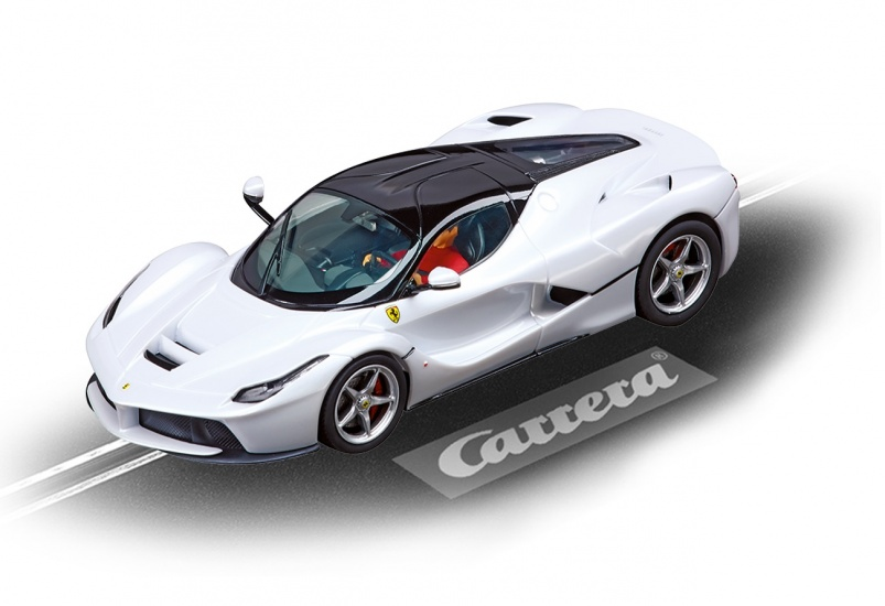 Carrera Digital 132 racebaan auto LaFerrari wit metallic