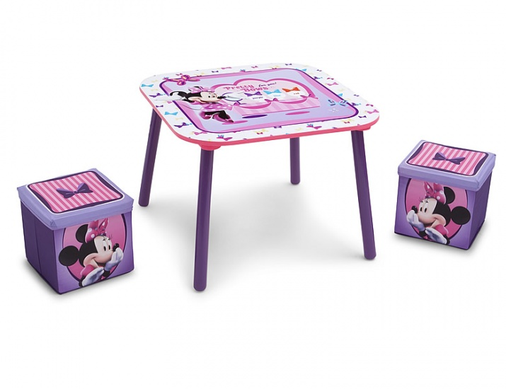 Disney Minnie Mouse Tafel en krukken Set paars 60 x 60 x 44 cm