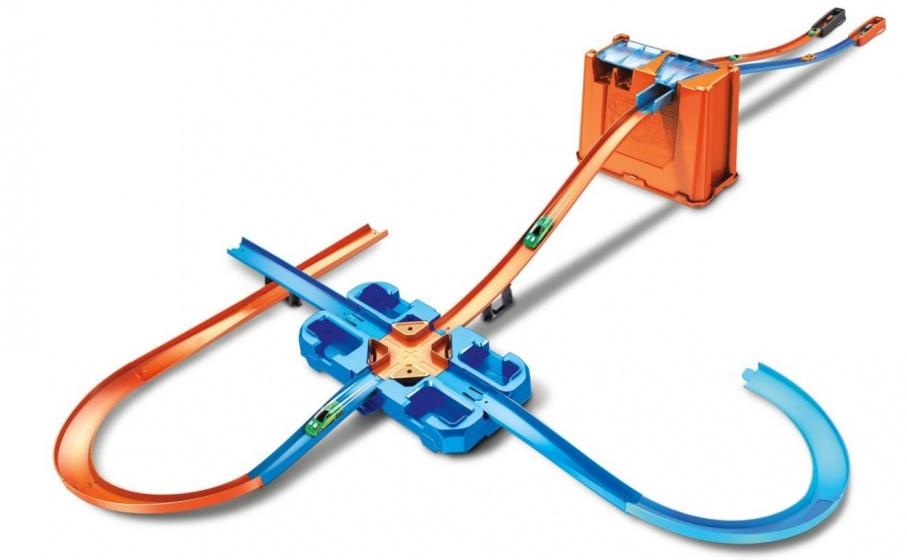 HW Track Builder Mega Stunt Box