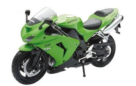 Newray Kawasaki ZX10R Motorkit Groen 1:12