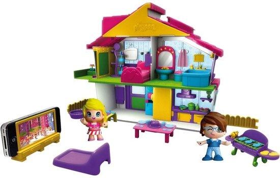 Pinypon villa met twee speelfiguren