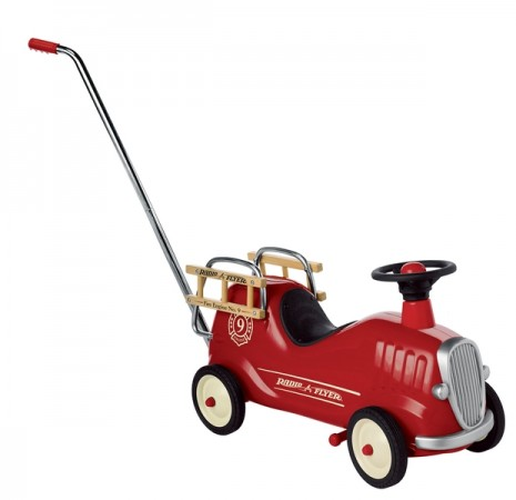 Radio Flyer Classic Little Red Fire Engine