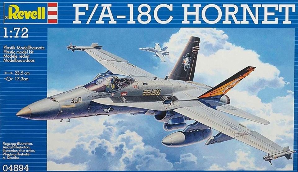 Revell modelbouwdoos F/A 18C Hornet 23,5 cm schaal 1:72