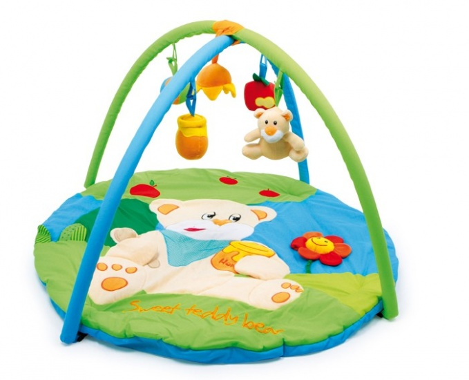 Small Foot 2 in 1 Kruipdeken en Babygym Jamie