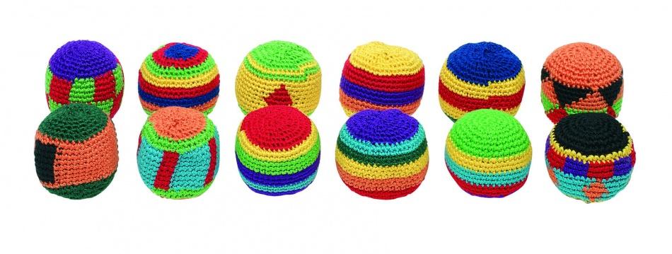 Toys Pure Kickbal 5CM: Per Stuk 12 Kleuren Assorti